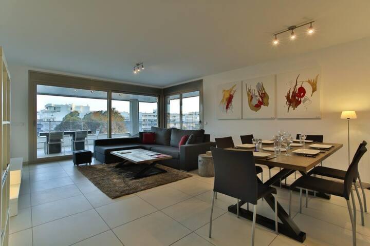 Stunning double bedroom botafoch area Ibiza