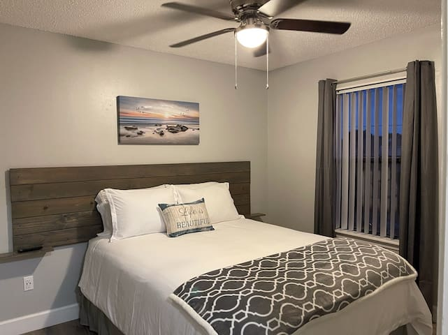 Bedroom #1 offers a great getaway and a wonderful rest after a day of fun in the sun or nightlife.