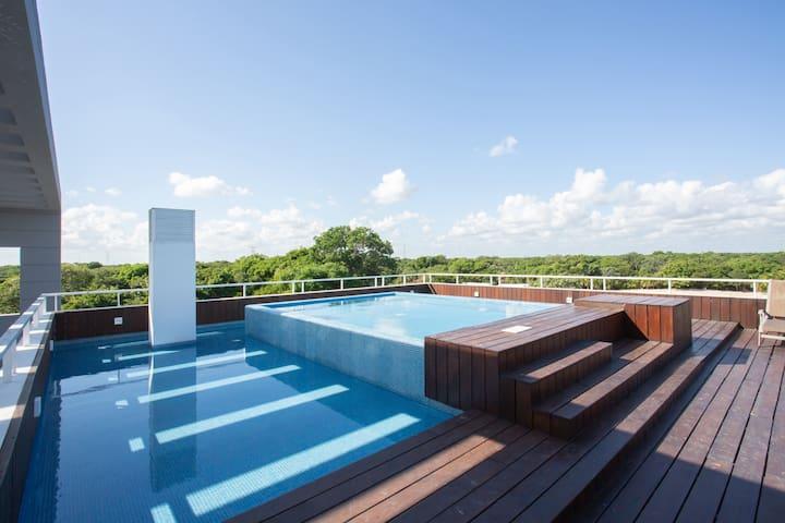 Welcome to Paradise - Riviera Maya