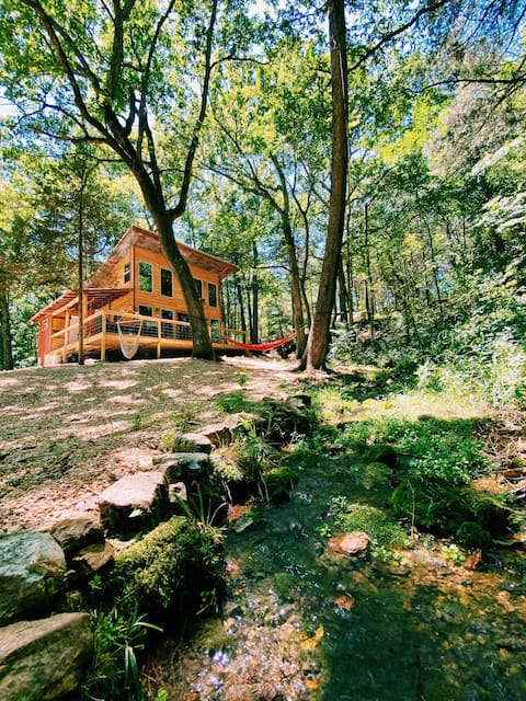 The Moonshack - A Luxurious Off Grid Experience