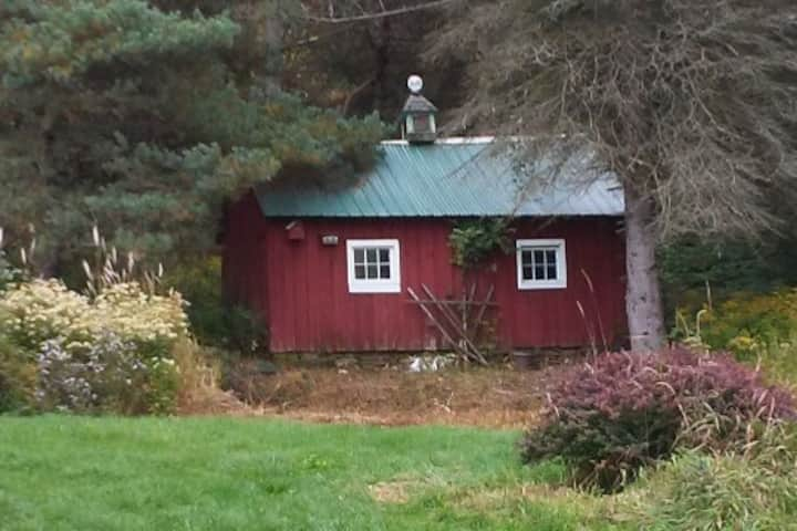 Catskill's Cabin @waterwheelfarm Hunters/ Fishers