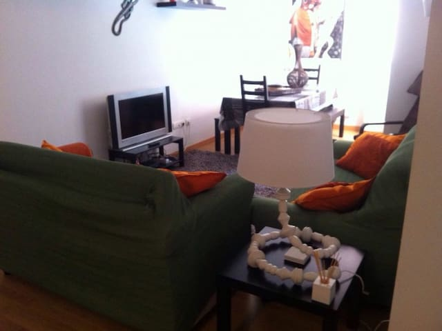 bonito apartamento en Anguciana - Anguciana - Apartamento