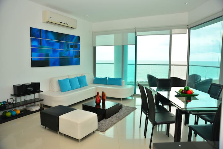Modern 3 Bedroom Apartment with sea-beach view