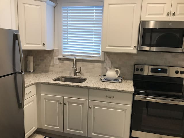 Cape May Luxury Suites #304