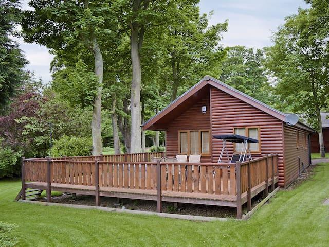 The Lodge (29359)
