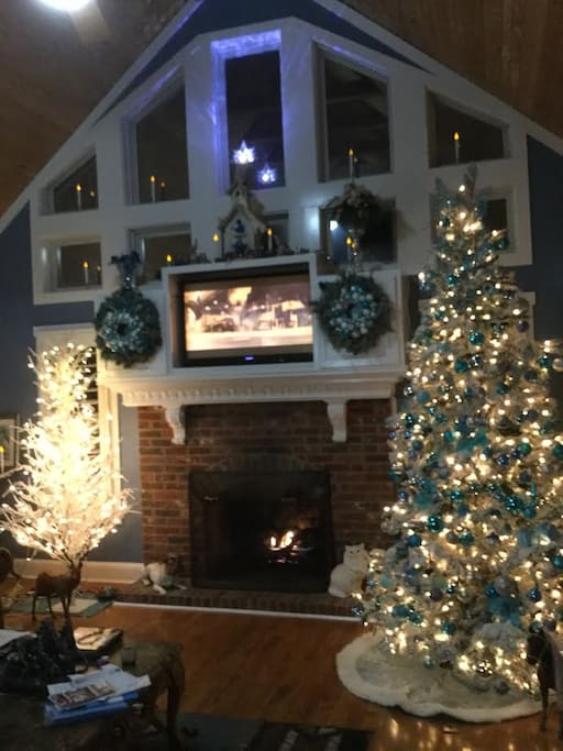 xmas decorated living room