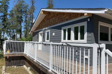39 Upton Lodge