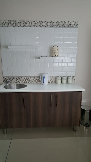 Kitchenette fully equiped