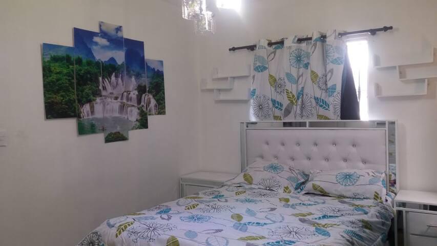 Habitación de Cómodo Apartamento con lujos