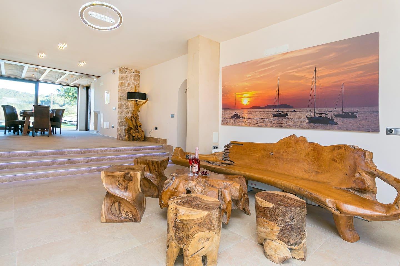 Luxury Villa in Ibiza, sleeps 12 - Can Bernadet