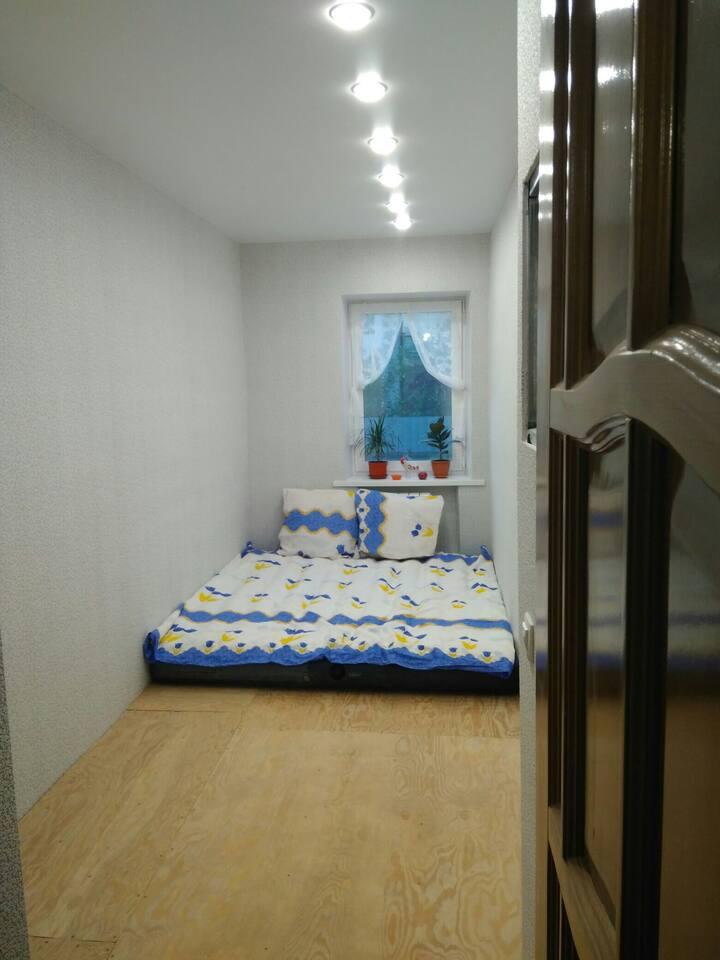 Уютная комната в частном доме 2