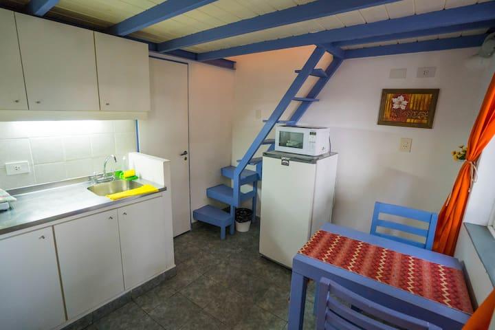 A5 -Mini Loft Privado por escalera cerca Est Arena