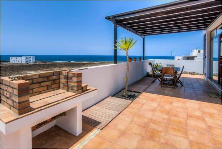 Ocean Villa - Tinajo - Vila
