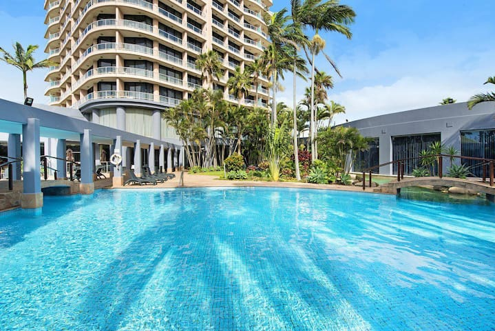 Crowne Plaza - Surfers Paradise 2 Bed Ocean View