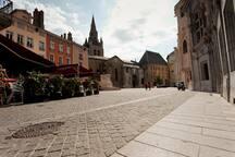 Welcome Place Saint André  -  Bienvenue Place Sant André !
