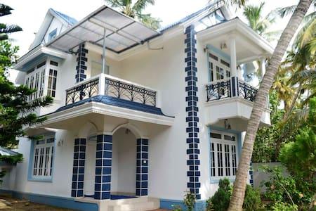 Sea Facing Independent Villa @ Cherai Beach..!!