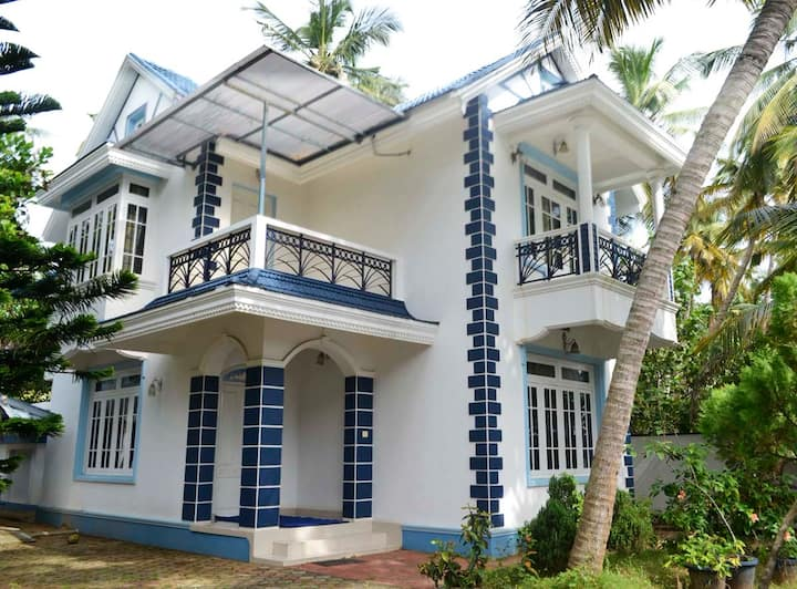 Sea Facing Independent Villa @ Cherai Beach..!!