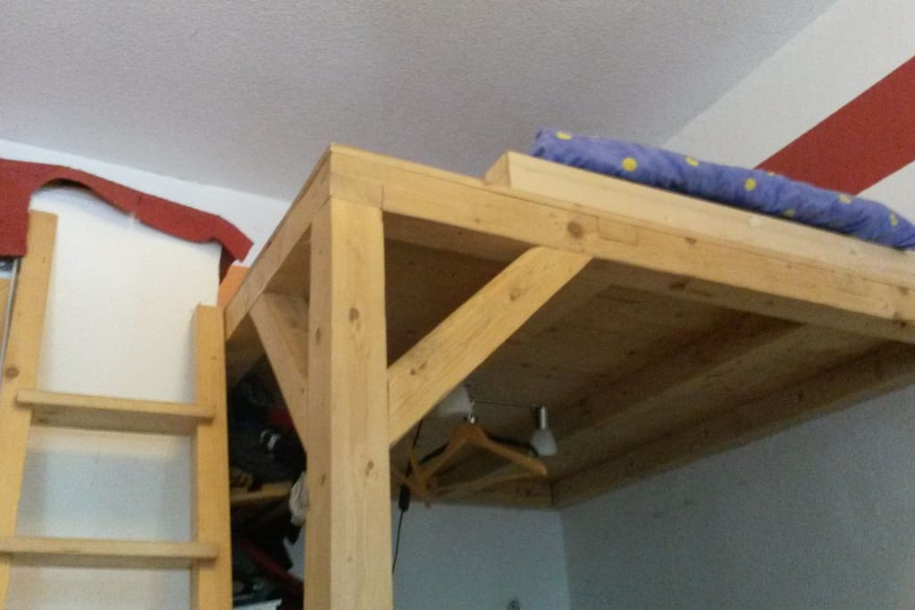 The latter to the loft bed and the second loft bed area.