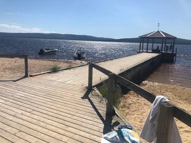Komfortabel fritidsbolig/enebolig fiske, bade, ski