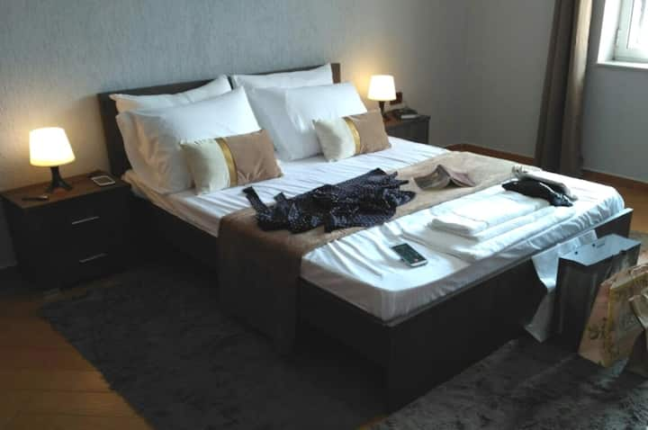 Aria  Apartment near Old Bazaar – 5 Min Walk