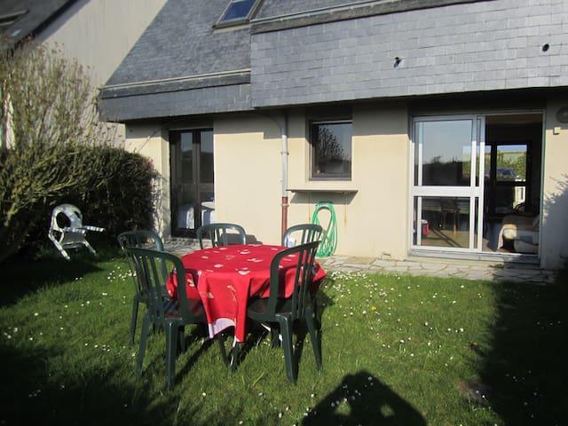 Appartement en rez de jardin - Courseulles-sur-Mer - Condominium