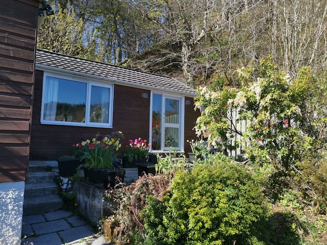 Rockmount Chalet, Oban with private parking