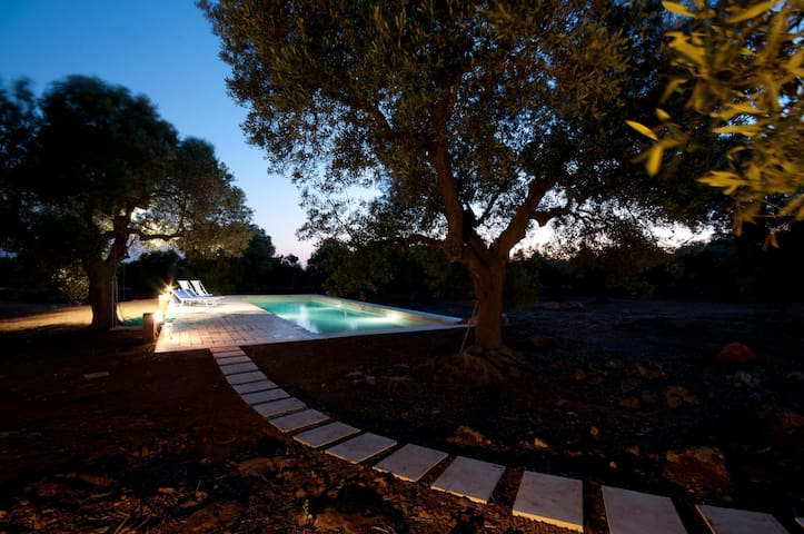 Olive Tree Villa with Pool - Ugento - House
