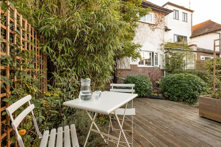 Decking area with table and chairs