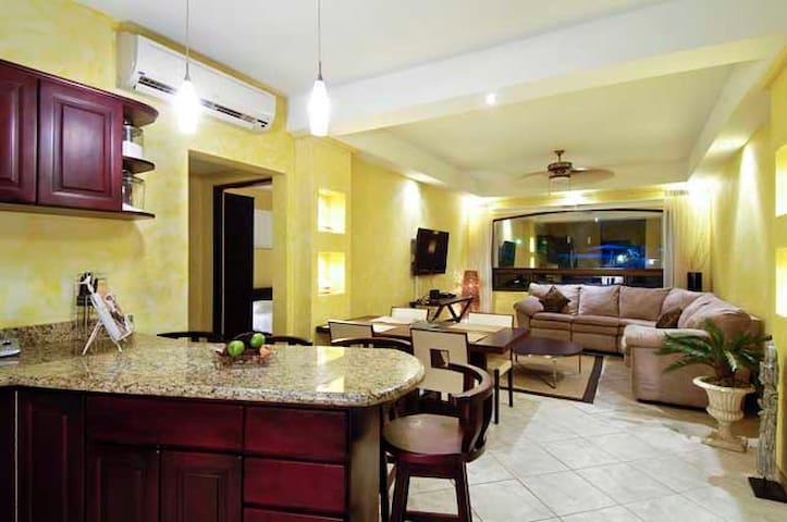 Oaks luxury condos - Villareal - Apartamento