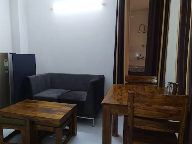 1BHK Fully Furnished Apartment
