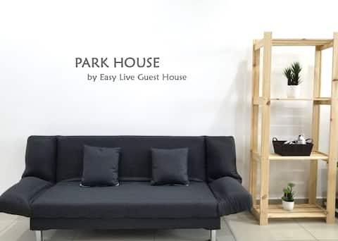 Park House @ The Majestic by Easy Live Guest House