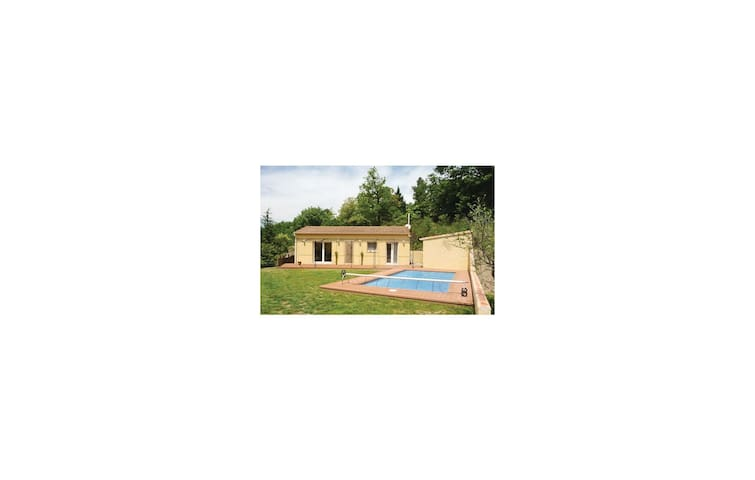 Holiday cottage with 2 bedrooms on 95 m² in Molières-sur-Cèze