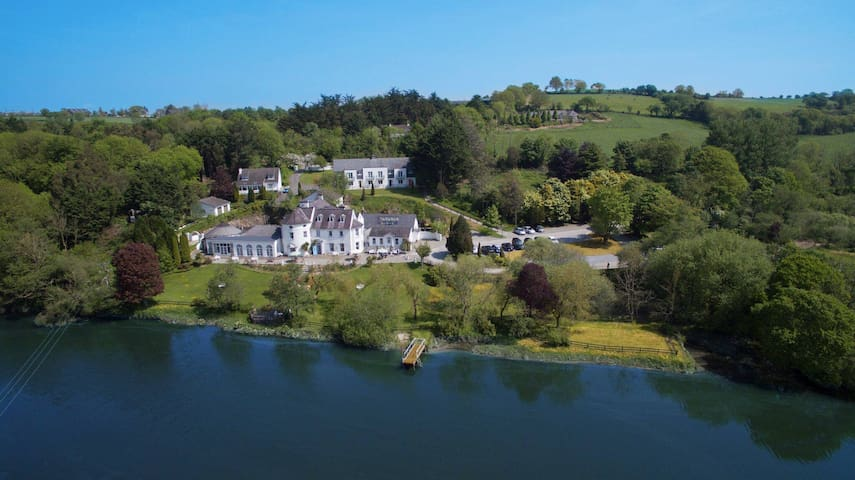 Heron Lodge at Innishannon House