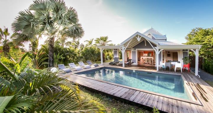 Villa Blue Lagoon, vue mer, plages, piscine privée