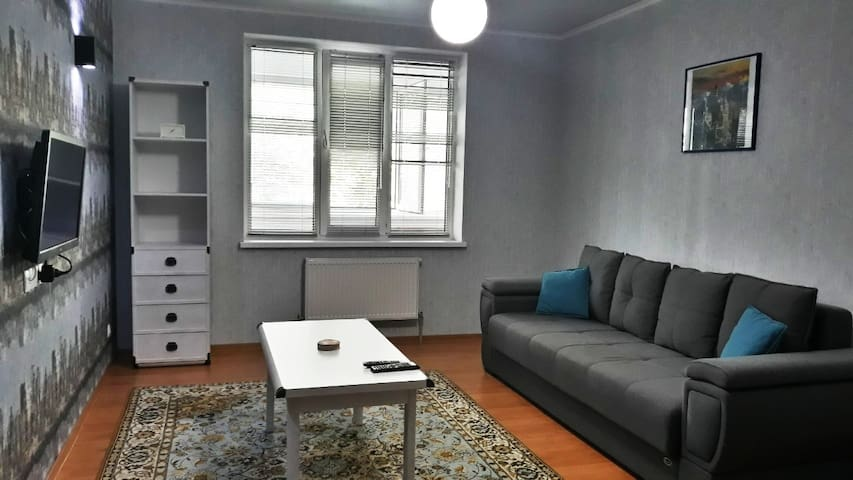 Large 2-bedroom apartment