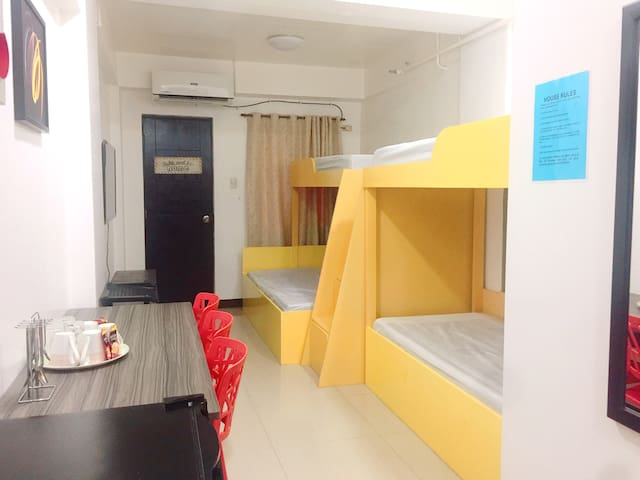 Studio for 4-5 pax in Quirino Lrt Taft Manila (3)