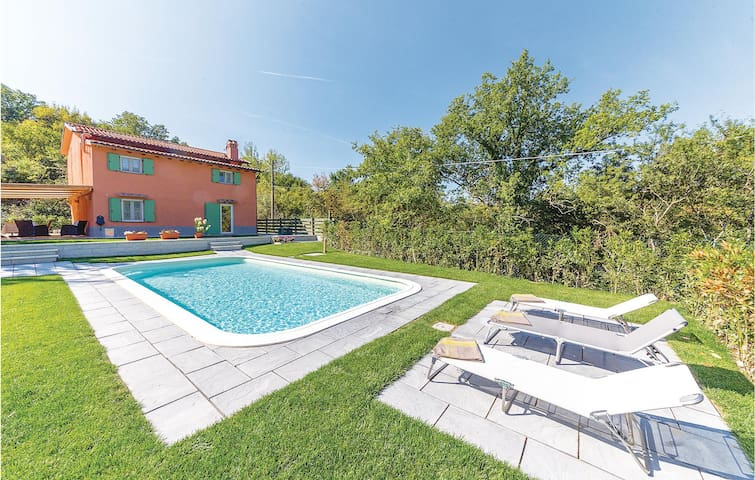 Holiday cottage with 3 bedrooms on 100m² in Scarperia FI