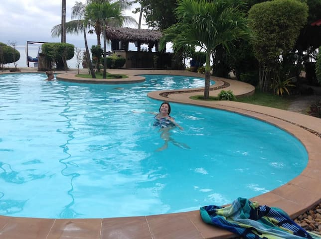 swimming pool at Phangan Beach Resort