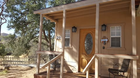 Private Retreat 5 minutes away from Lake Isabella.