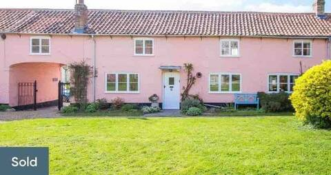 The Pink Cottage