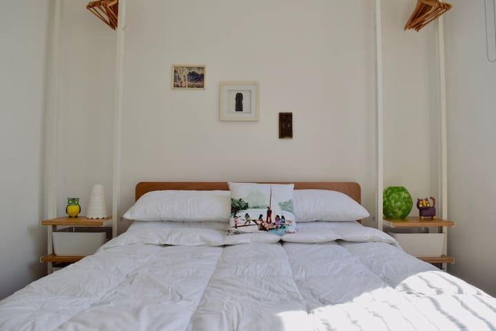 Amazing One Bedroom in Redfern with Rooftop Patio