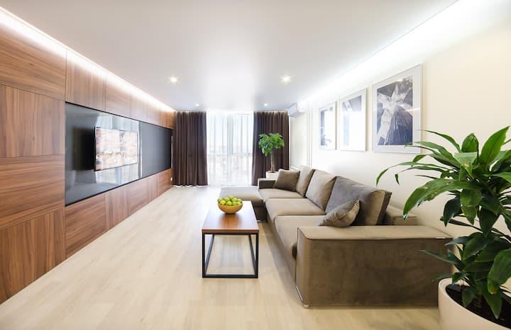 Двухкомнатная квартира 80 кв.м. с видом на город