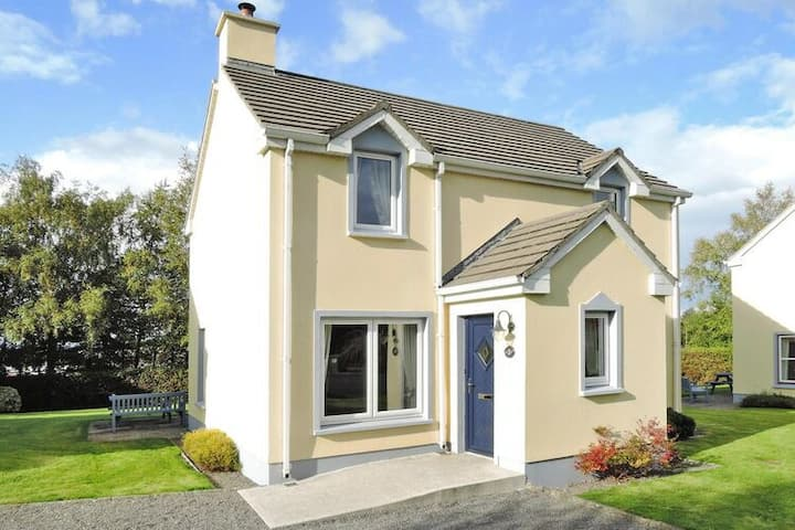 4 star holiday home in Dromineer Bay