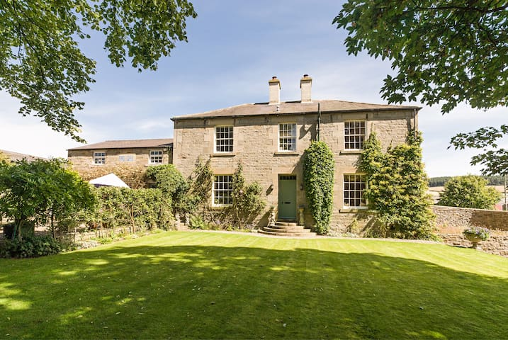 Hexham - beautiful country house