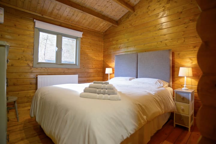 Luxurious log cabin - Guyhirn - Cottage