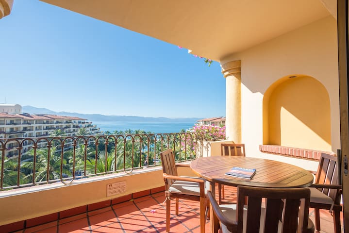 Velas Vallarta Oceanview Terrace Apartment