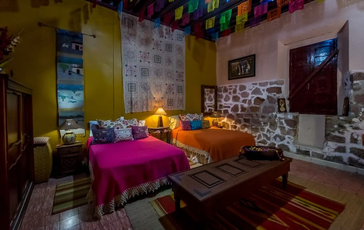 Patzcuaro Suite in Casona Rosa B&B