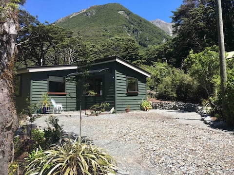 Pete's Place, Arthur's Pass