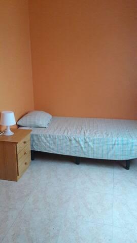 Habitación en las Teresitas - san andres - Dom