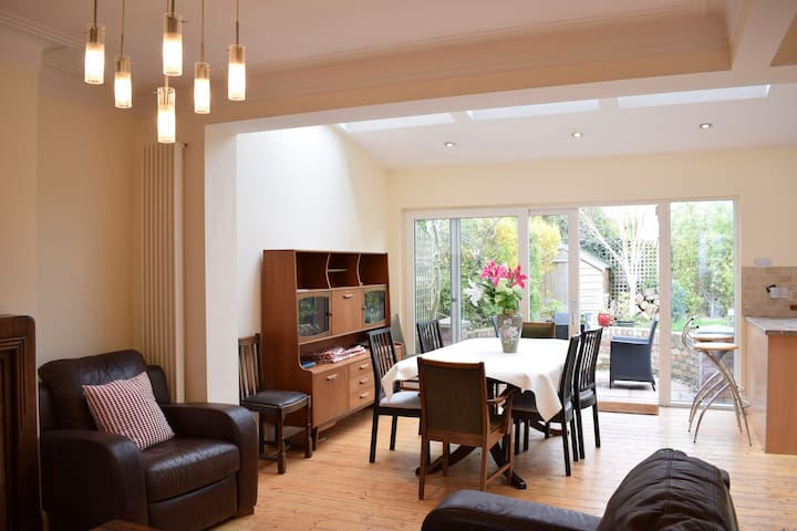 Bright, spacious & close to the best of Dublin.